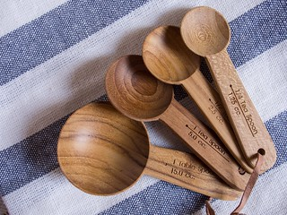Beautiful measuring spoons from Four&Twenty | by Cassang
