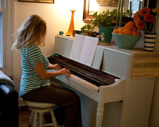 Heidi S Blue Painted Piano Diy Del Ray