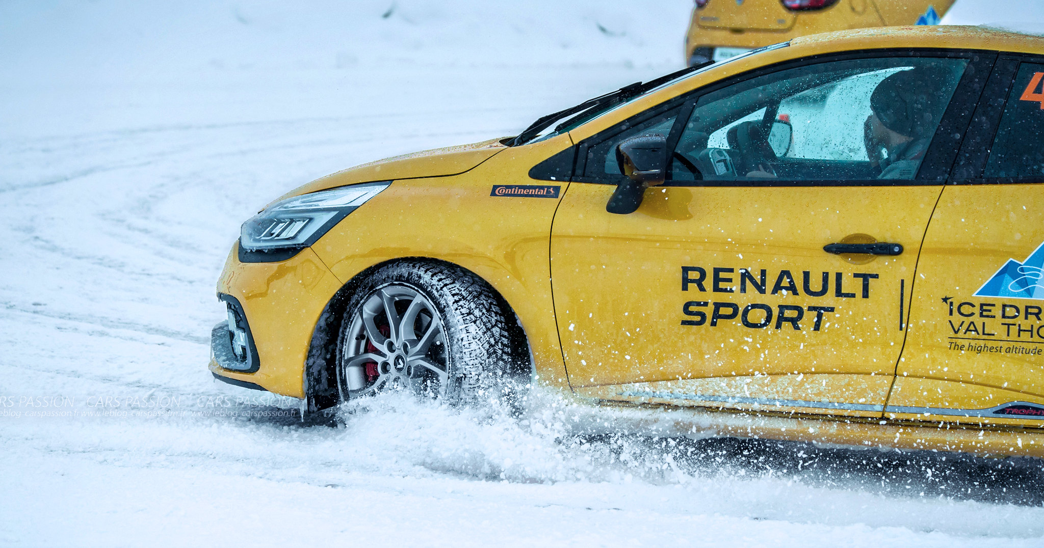 icedriving-renault-sport-clio-rs-trophy (12)