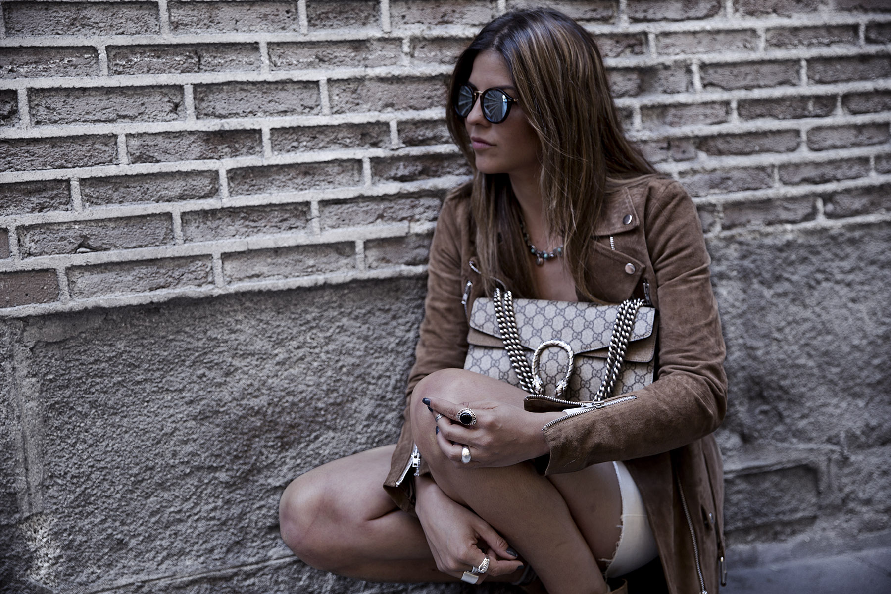 trendy-taste-street-style-blog-brown-mango-blazer-boho-chic-madrid-2