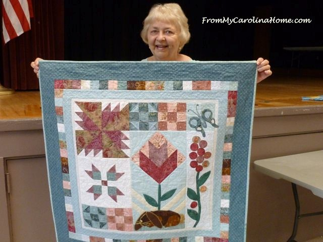 Grand Strand Quilters 25 Blanche