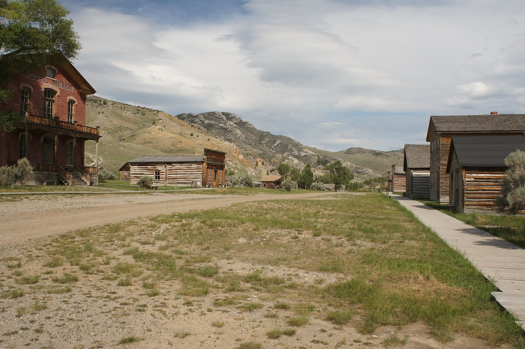 Bannack state park bannack is a ghost town in beaverhead - Towne place at garden state park ...