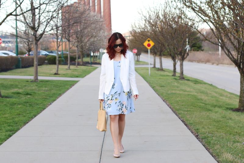 pastel-floral-dress-white-blazer-nude-pumps-6
