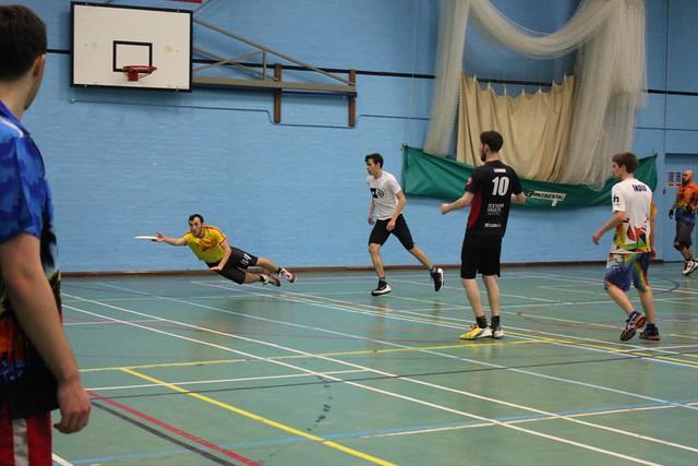 Chwaraeon a Gweithgareddau / Sports and Activities