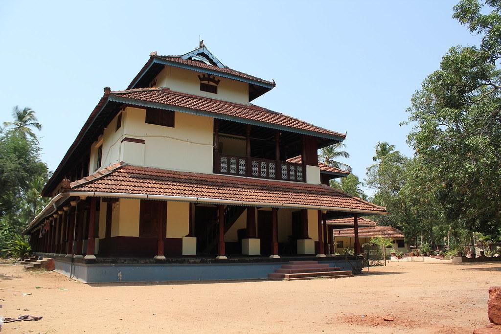 Meleppura Tharavadu, Chavakkadu, Kerala | Many superhit film ...