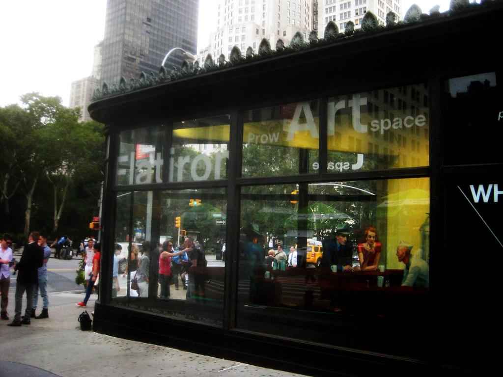 Edward Hopper Nighthawks Reenacted In Flatiron Building Wi