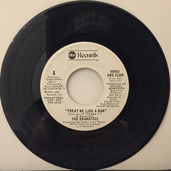 THE DRAMATICS:TREAT ME LIKE A MAN(RECORD SIDE-A)