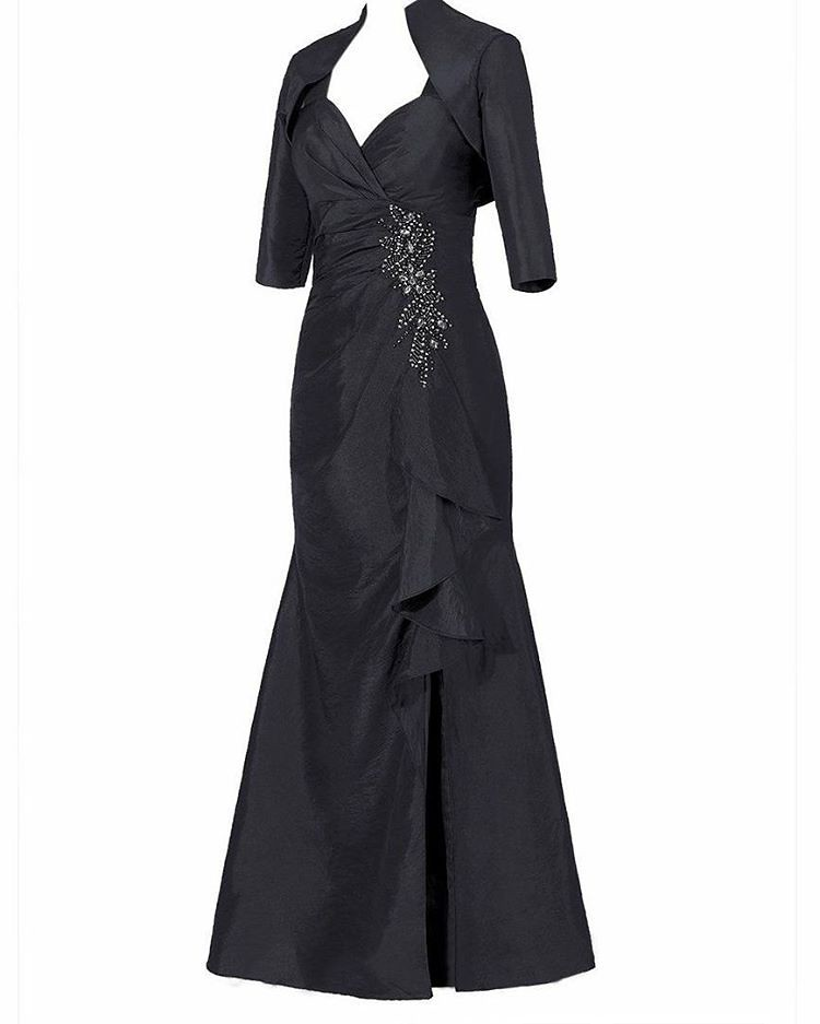 This black evening gown can be made for any type of formal… | Flickr