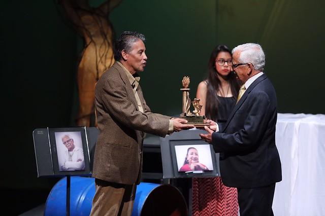 Mes del Teatro rinde homenaje a destacados exponentes de esta rama del arte