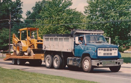Chevy C90 Dump truck | A common sight back in 1988; seldom ...