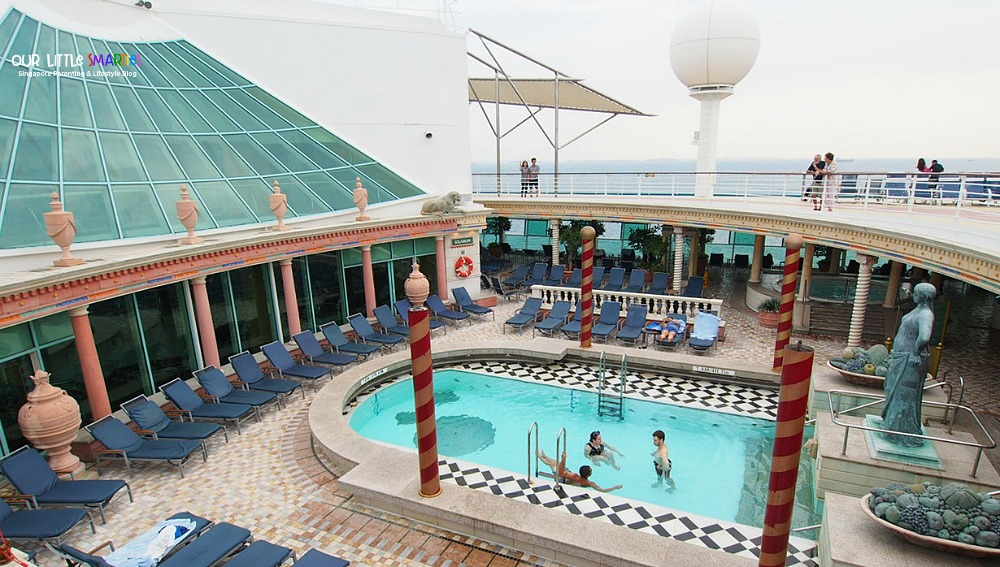 Solarium Pool on Mariner of the Seas