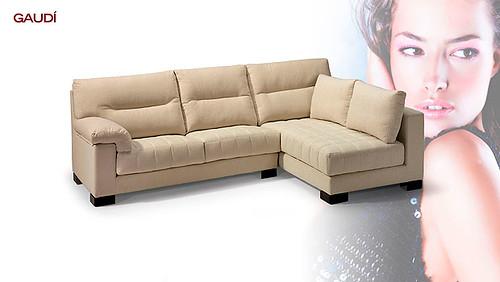 comodo sofa de 3 plazas con cojines confortables sofa de