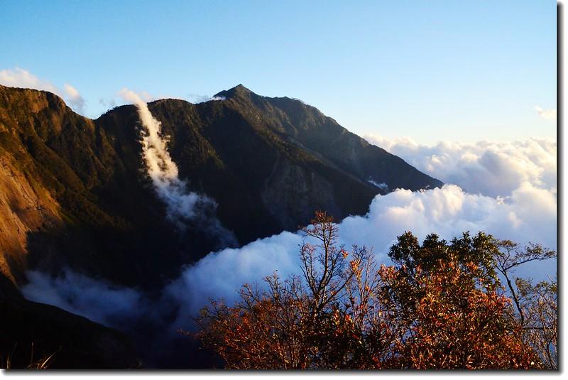 北大武山登山步道3.8K光明頂的黃昏 1
