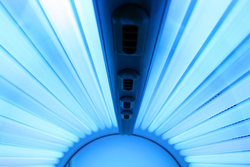 Solarium - Tanning bed | by pixel2008