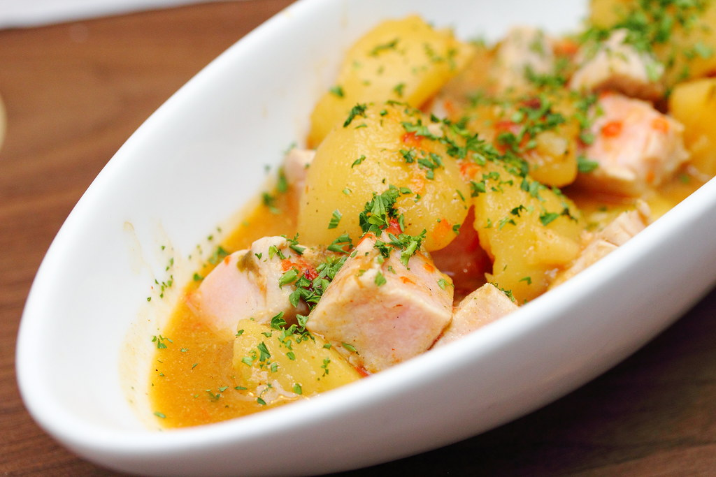 Slow Cooker Basque Tuna With Potatoes And Peppers Recipes — Dishmaps