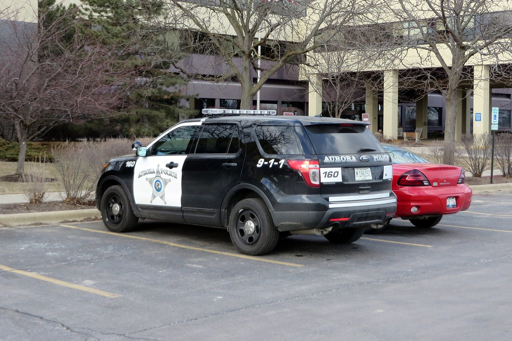 Il Aurora Police Department Unit 160 At Presence Mercy