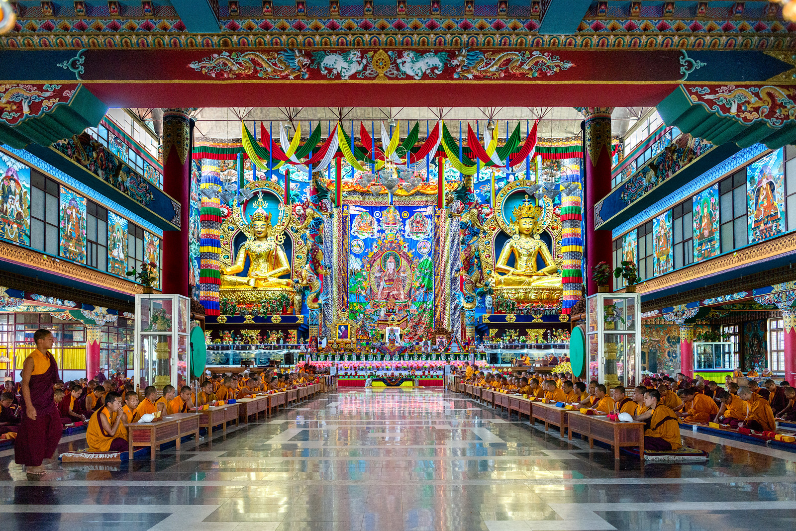 Namdroling Monastery - image rich