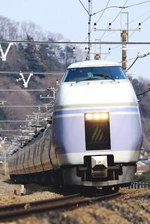 スーパーあずさ(E351系)