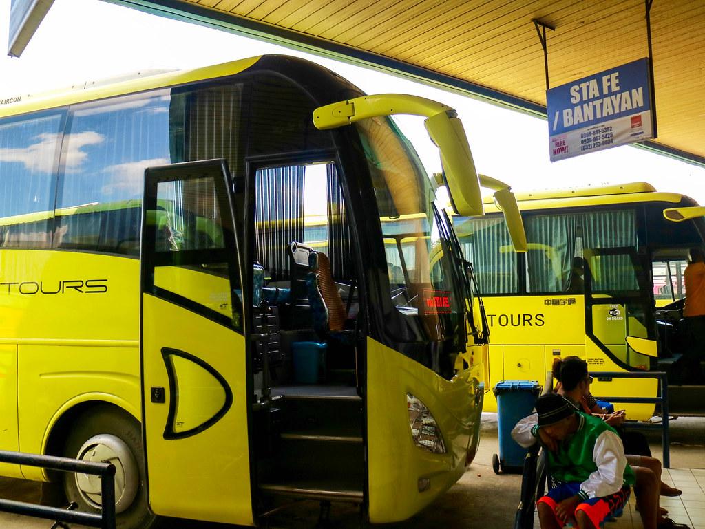 Bus a Bantayan