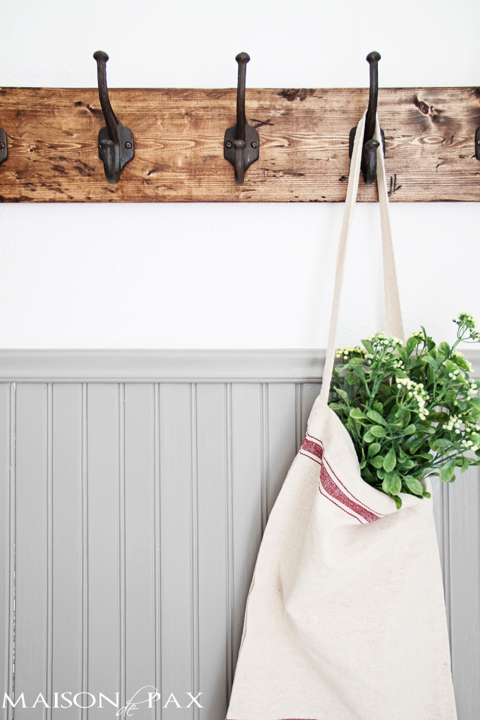 diy-rustic-coat-rack-bag