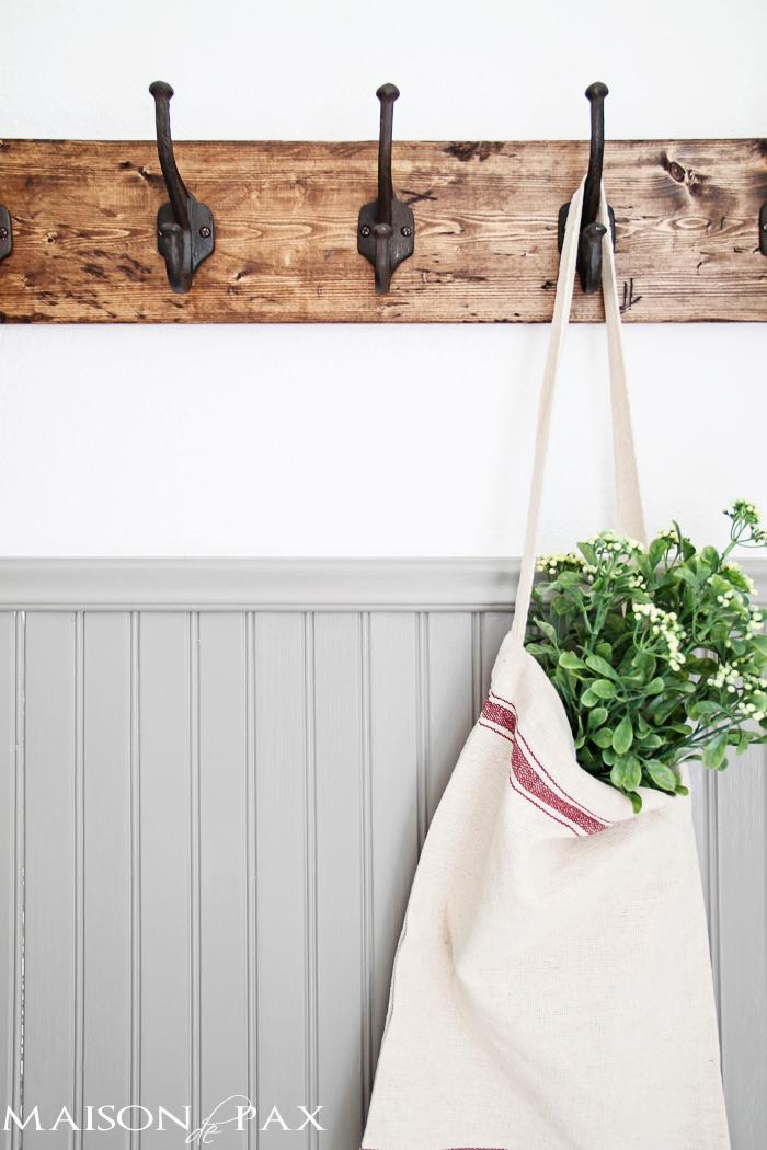 diy-rustic-coat-rack-bag