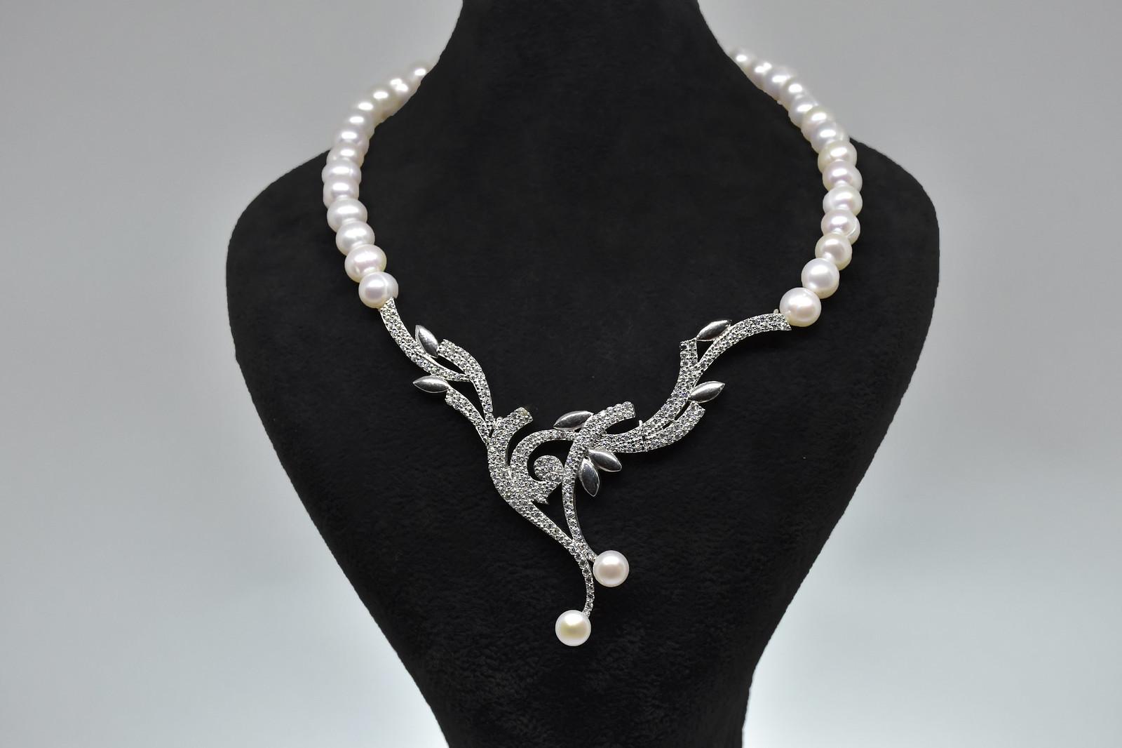 - Ahsen 925K Gümüş Zirkon Taşlı Klipsli Doğal Beyaz İnci Kolye-AH-00021