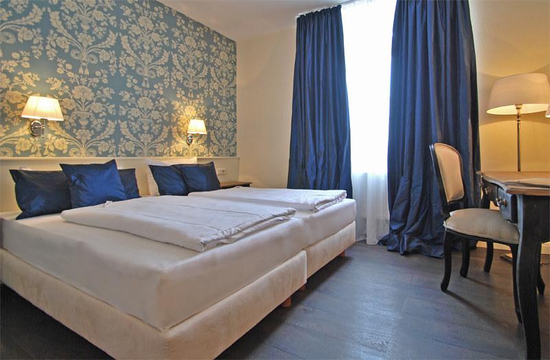 hotel domspitzen k ln flickr. Black Bedroom Furniture Sets. Home Design Ideas