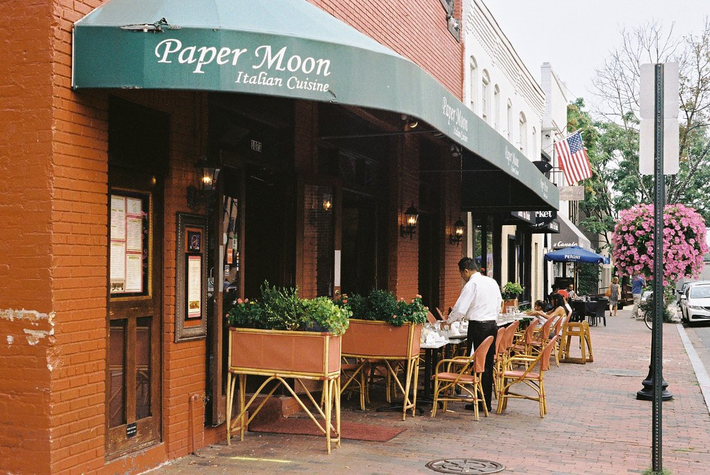 paper moon georgetown The torpedo that sank the uss harvest moon in winyah bay in march  in 1935  international paper (ip) began building the largest pulp and.