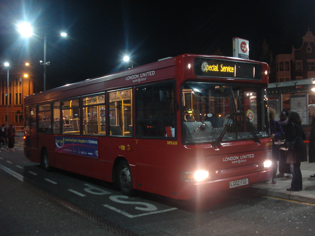 London United Dps659 On Route 533 Hammersmith Bus Station