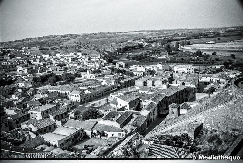 Vista de la Antequeruela en Toledo en agosto de 1965. Fotografía de Jacques Revault © e-Médiathèque | Médiathèque SHS de la Maison méditerranéenne des sciences de l'homme