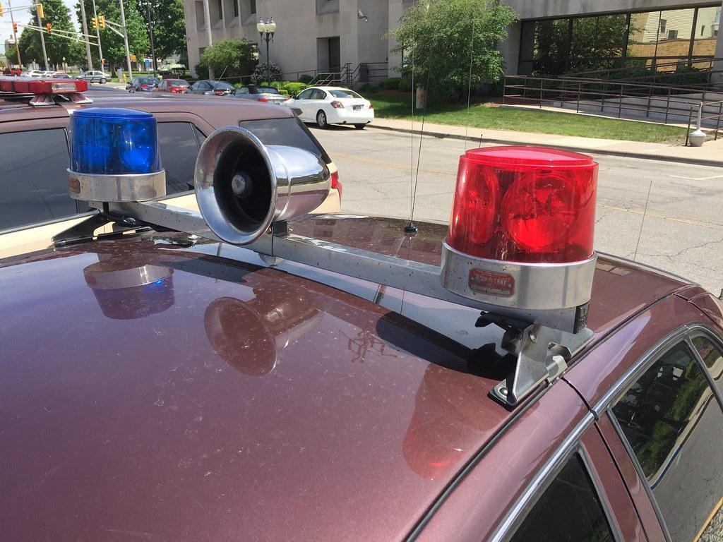 Federal Signal Visibar Amp Beacon Ray Lights Ford Crown