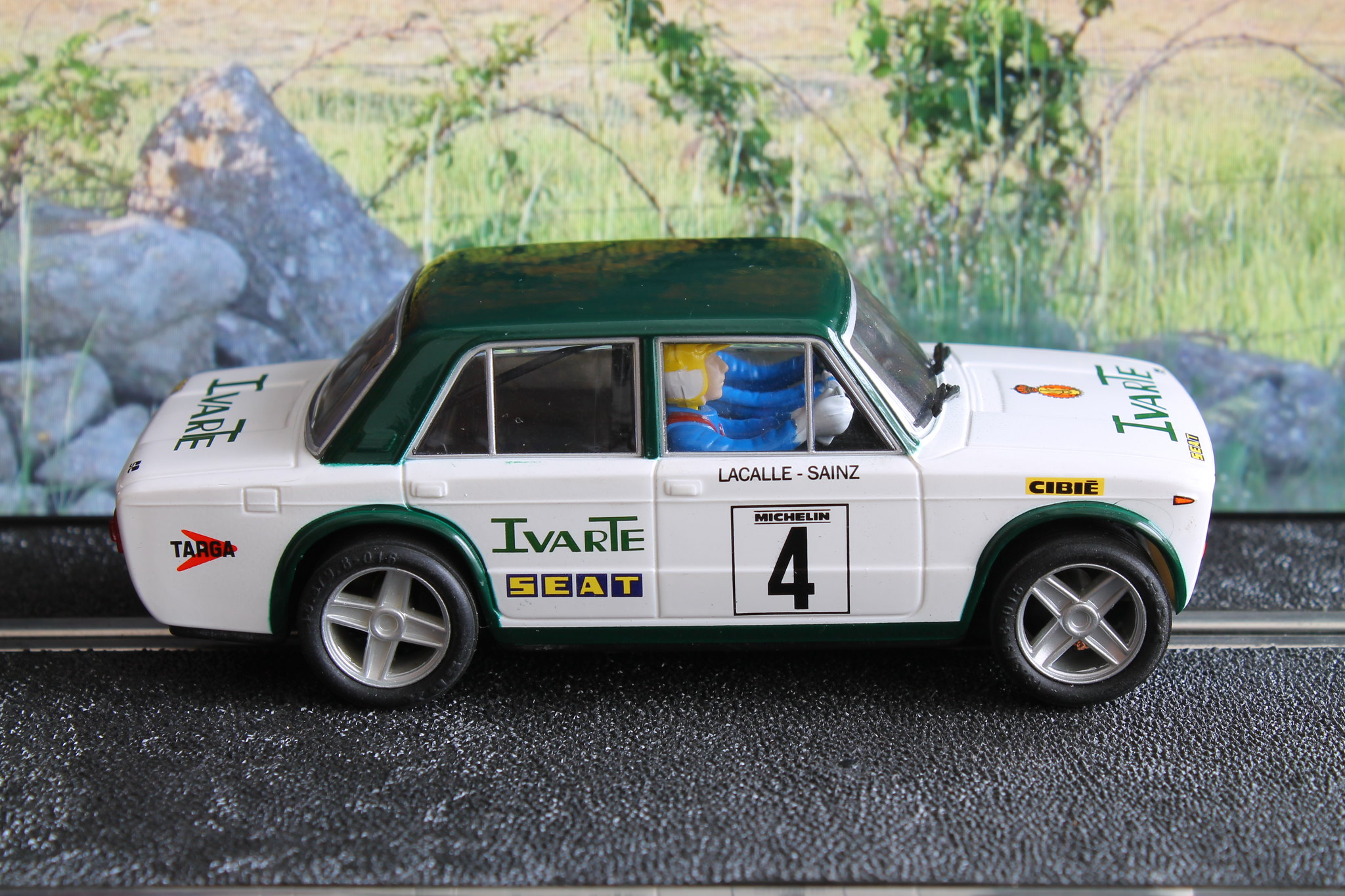 Seat 1430 1800 carlos sainz rally santa teresa 1982 for Seat 1430 fu 1800