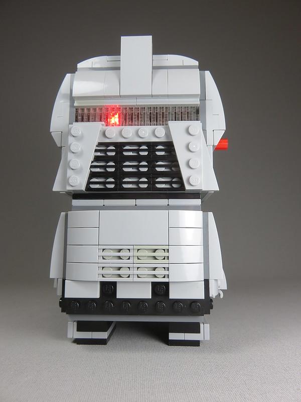 Classic Battlestar Galactica Cylon MOC BrickHeadz clone