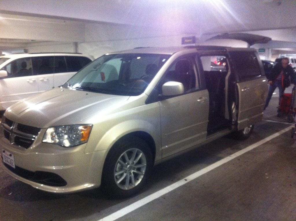 Alamo Minivan Rental Car Dodge Grand Caravan Sfo Airpo