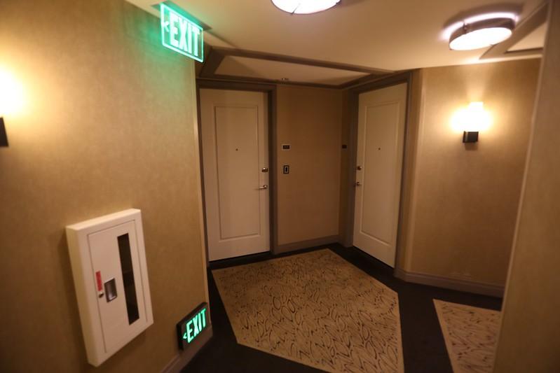 Cosmopolitan Las Vegas Wrap Around Suite 16