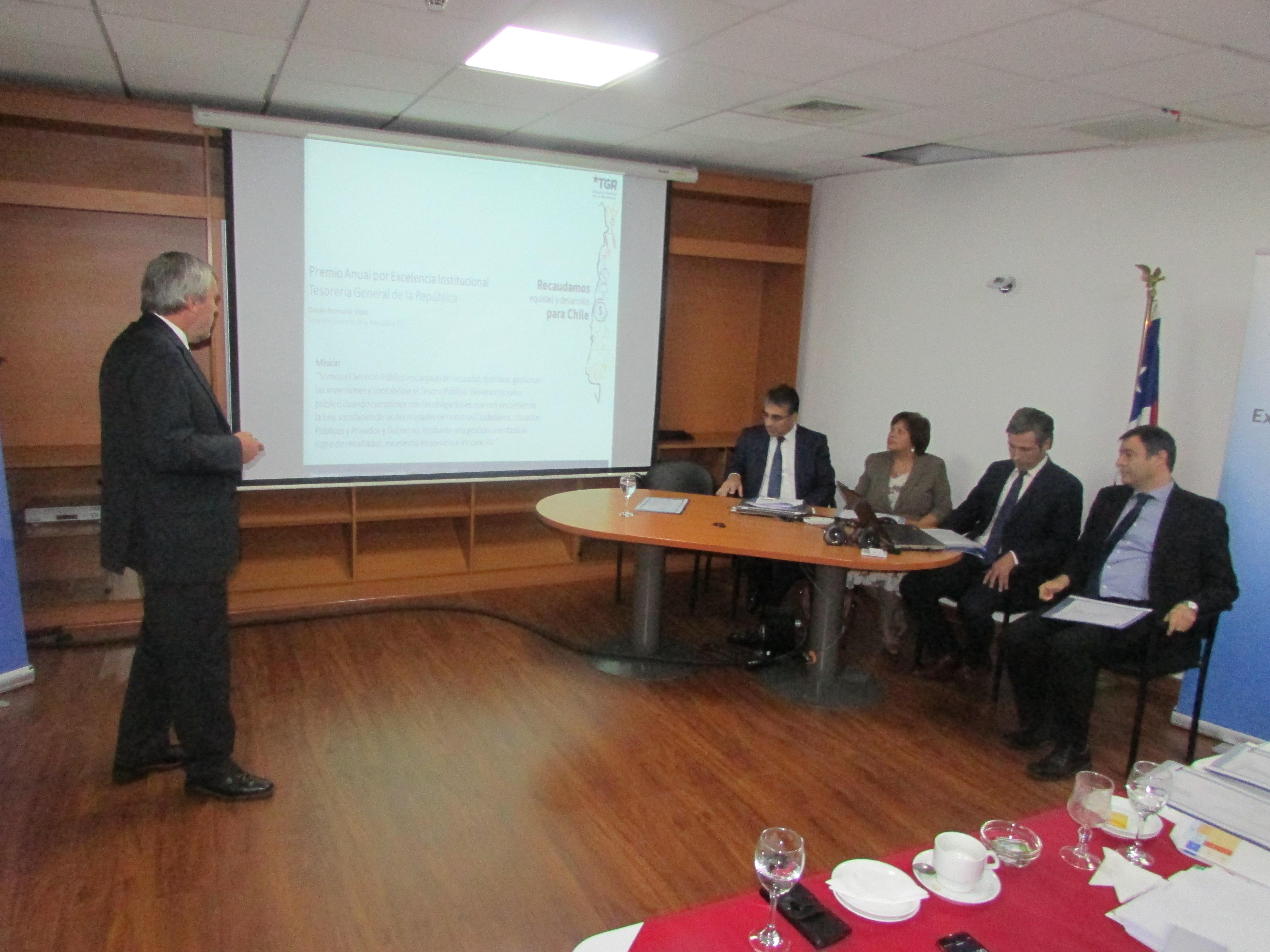 AET participa en presentación por Premio Anual por Excelencia Institucional 2017