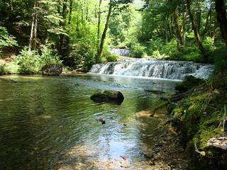 040 een van de kleinere watervallen