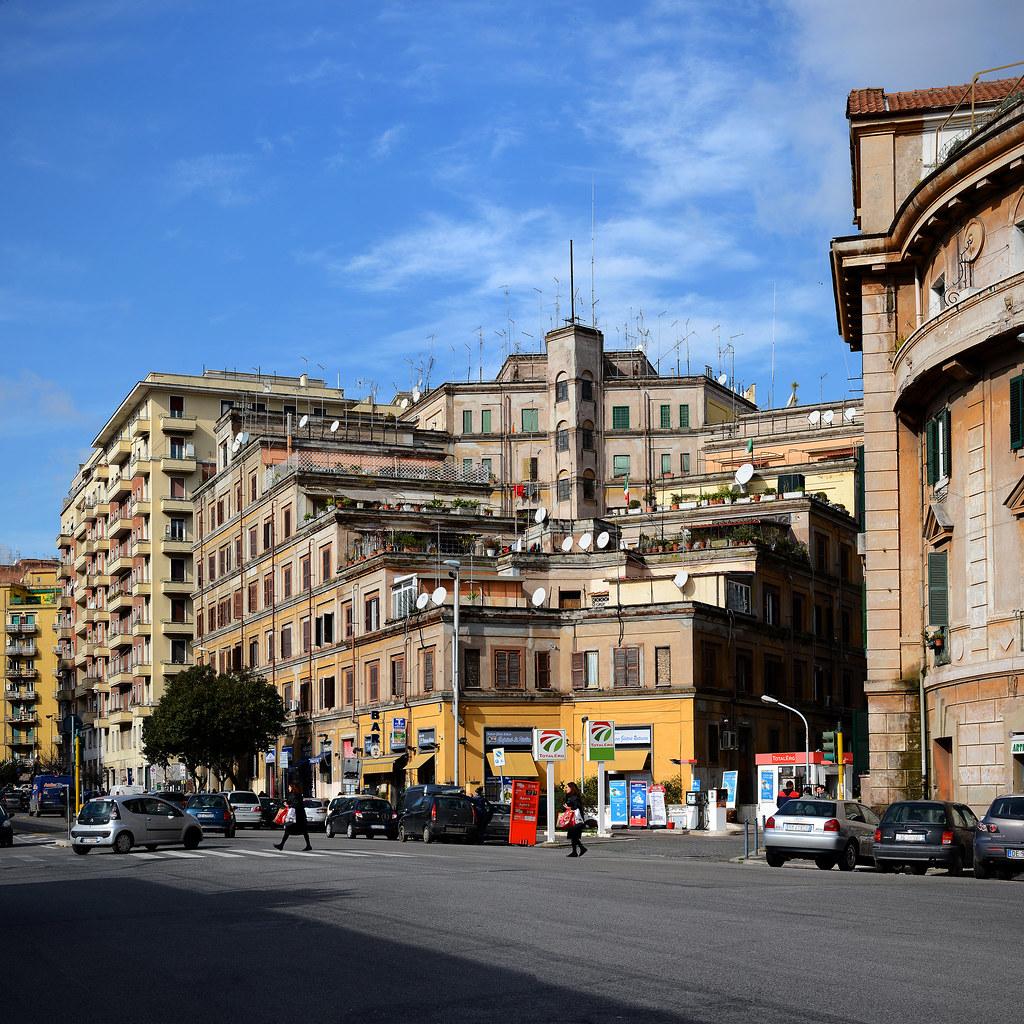 casa del sole housing in rome by innocenzo sabbatini