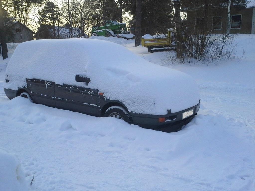 04_Luminen auto