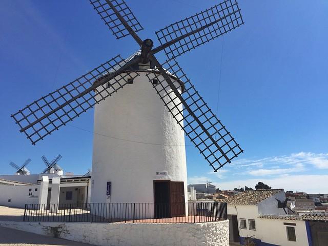 Molinos de Campo de Criptana (Ruta del Quijote en coche)