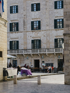 dubrovnik-square | by Macaroons