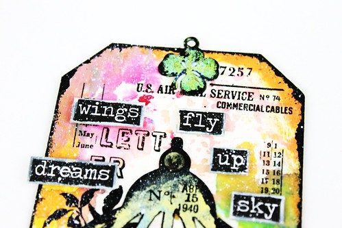 Meihsia Liu Simply Paper Crafts Mixed Media Tag Bird Cage Wings Tim Holtz Simon Says Stamp 2
