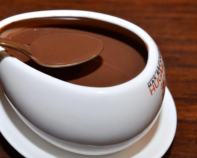 Chocolate de Max Brenner, delicioso y calentito