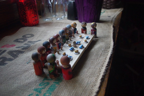 Last supper peg saints