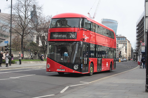Go-Ahead London LT876 LTZ1876
