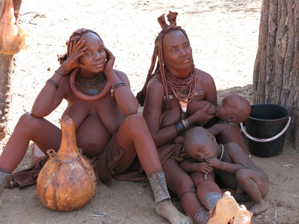 women breast feeding nude pussy