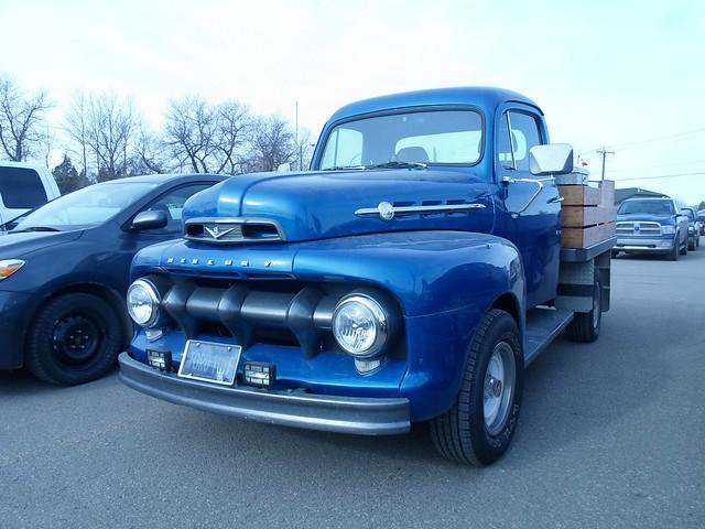 1952 Mercury M1 truck