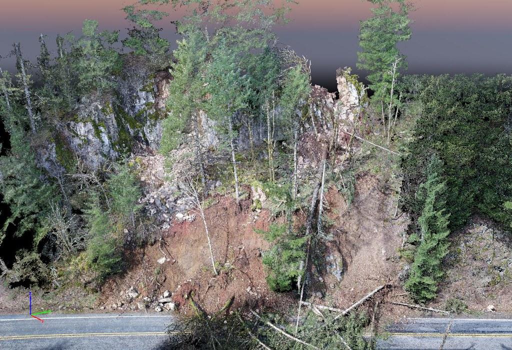 SR503 Deslizamiento de talud