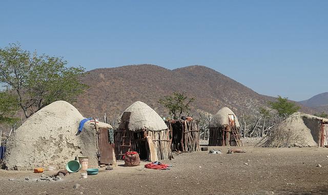 Poblado tradicional himba