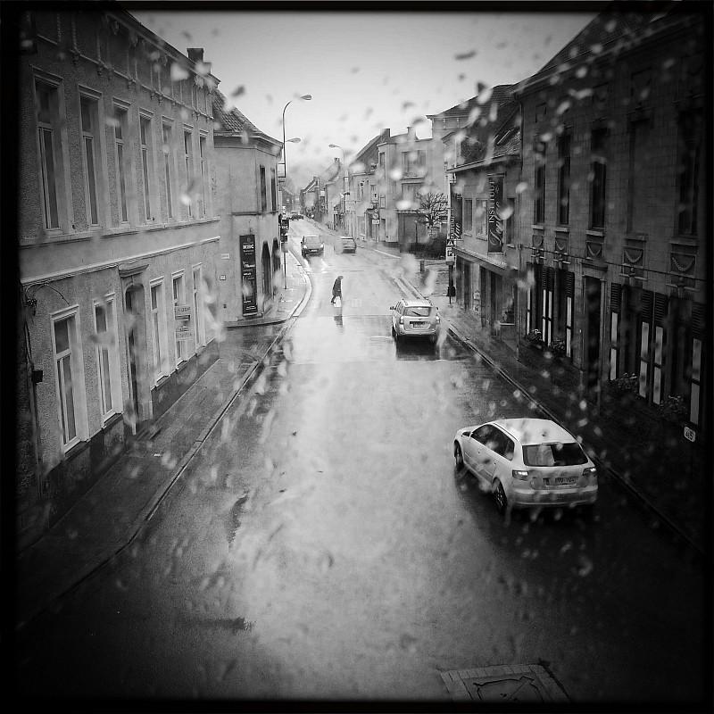 It rains in Belgium